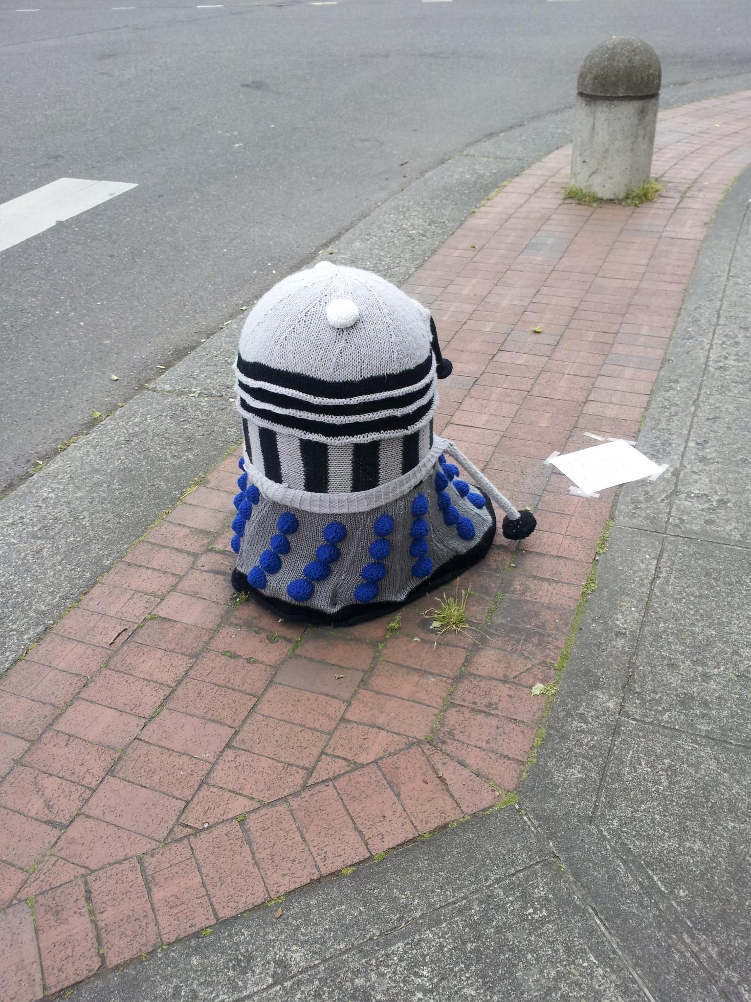 Knitted Dalek 1