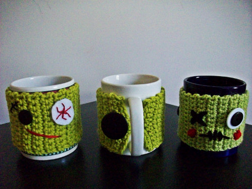 Using The Undead To Keep Your Coffee Warm Zombie Mug Cozy