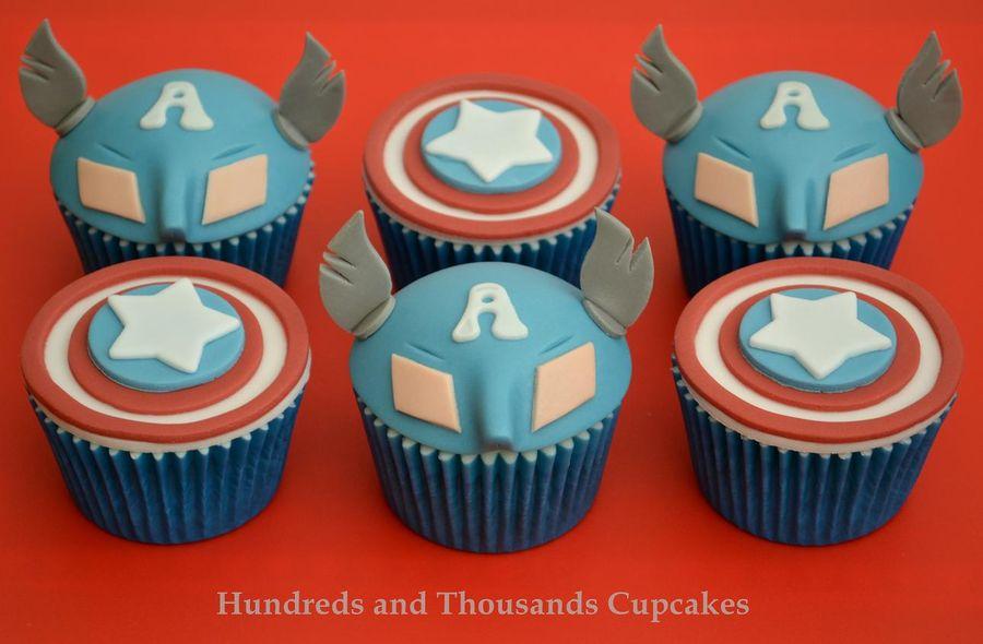 Captain America cupcakes 1