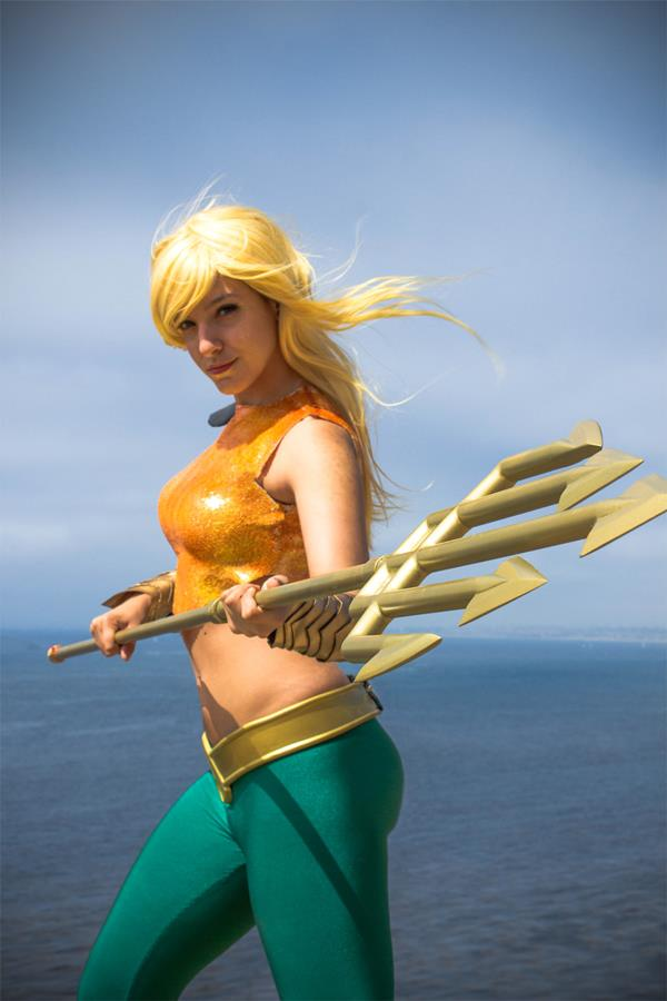 Aquaman-woman-7