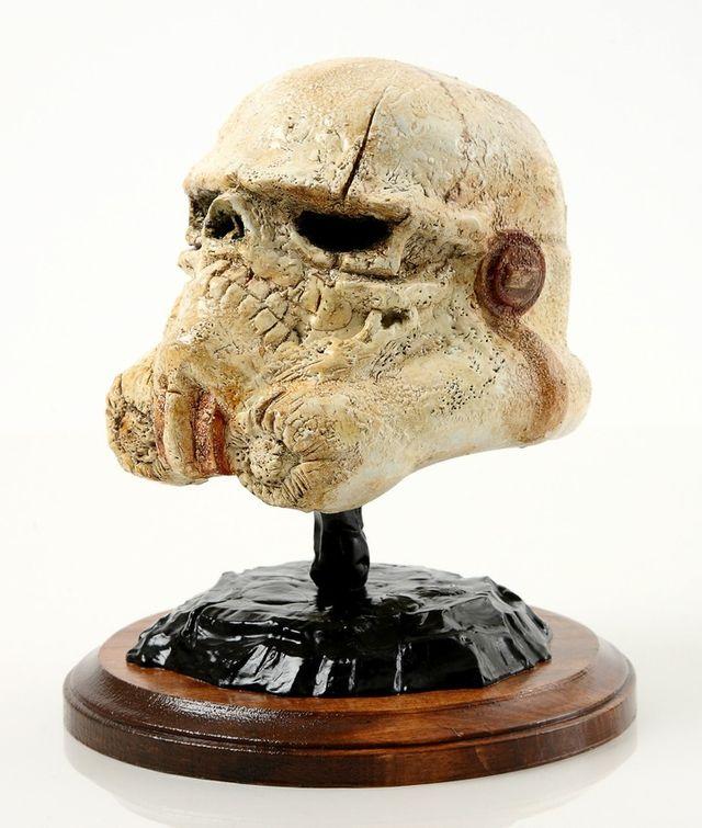 stormtrooper-helmet-art-5