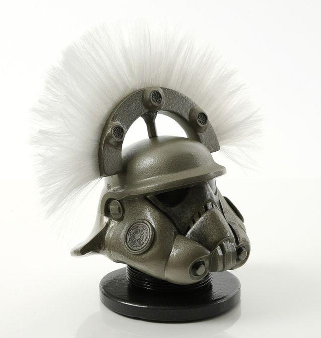 stormtrooper-helmet-art-7