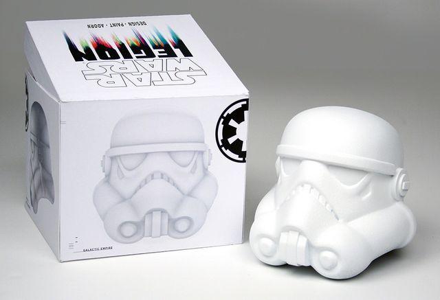 stormtrooper-helmet-art-8