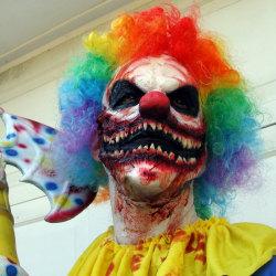 The 12 Masks of Halloween: #8 Murder Clown