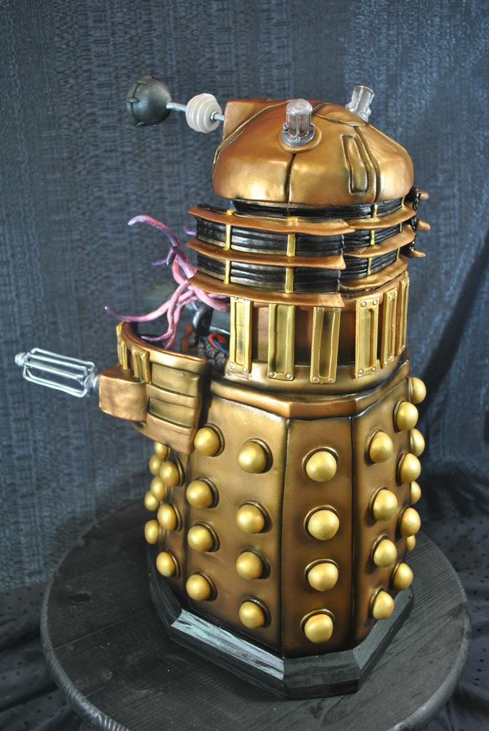 Dalek Cake 3