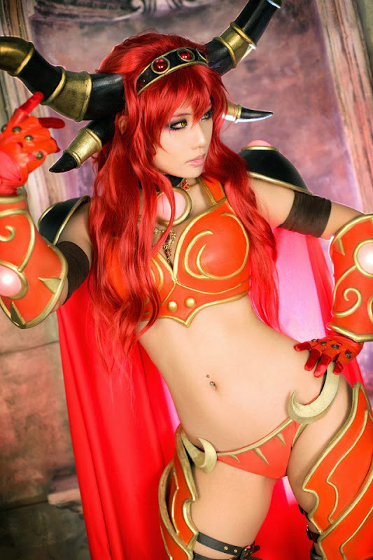 9 Cosplays That Reddit Weirdly Marked Nsfw-3560