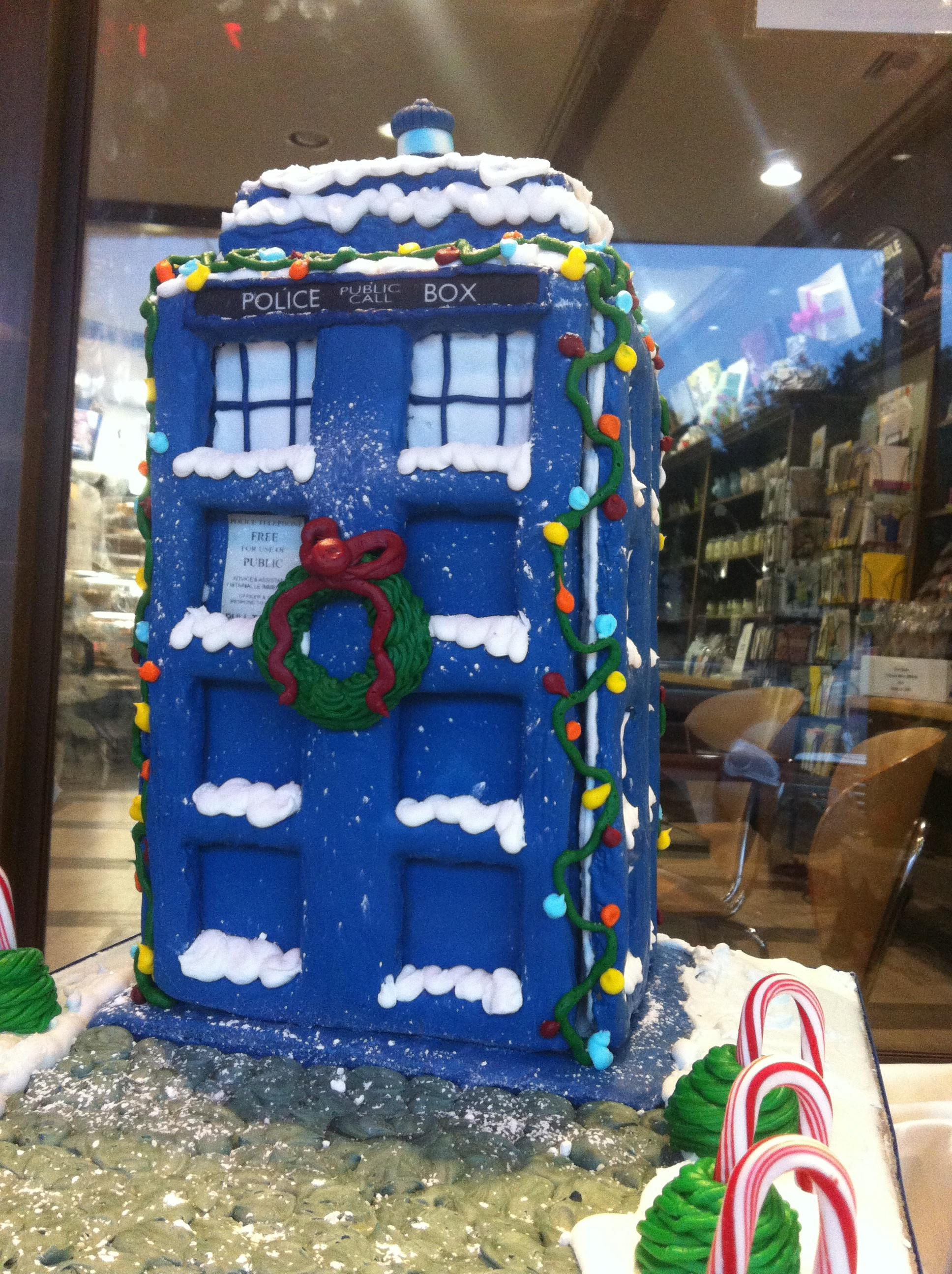 tardis-gingerbread