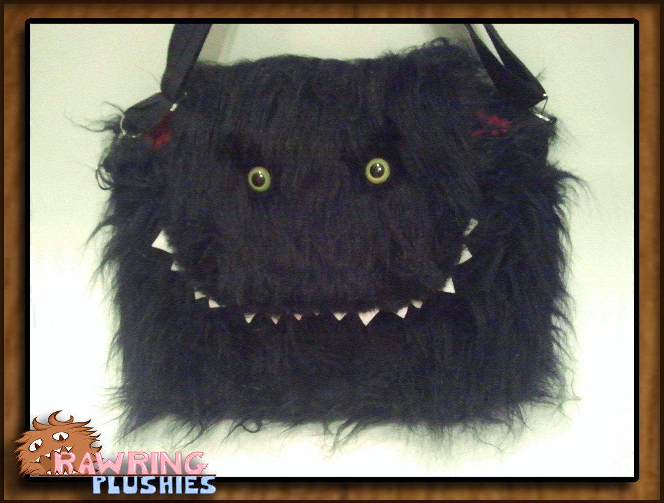 monster-messenger-bag