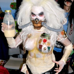 10 of the Best Rule 63 Cosplays Spotted at the 2015 San Diego Comic Con