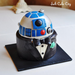Eat R2-D2 at your wedding