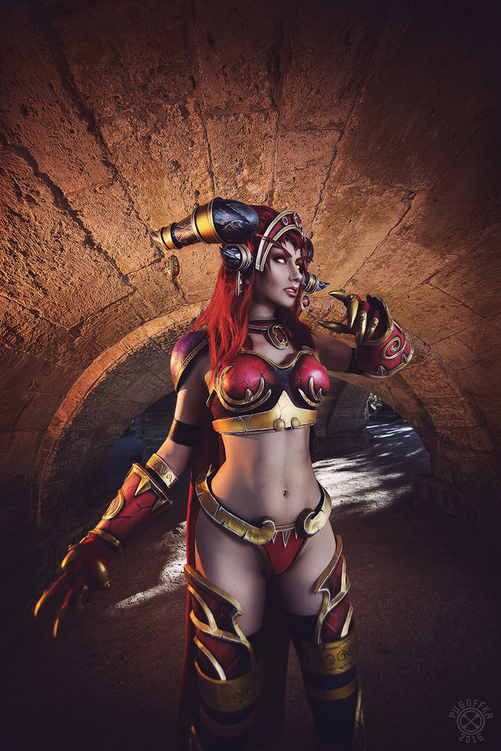 alexstrasza___defender_of_azeroth_by_narga_lifestream-d9fyh2q