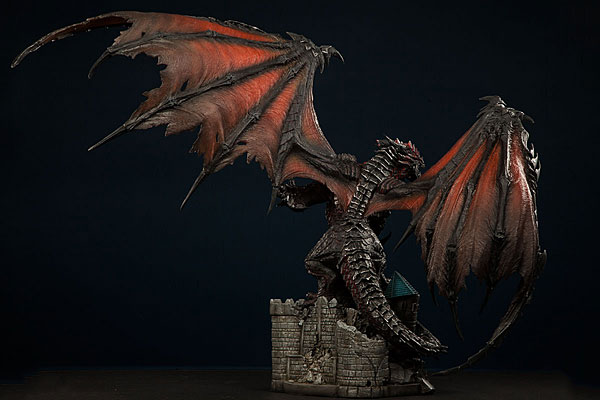 world_of_warcraft_deathwing_statue_2