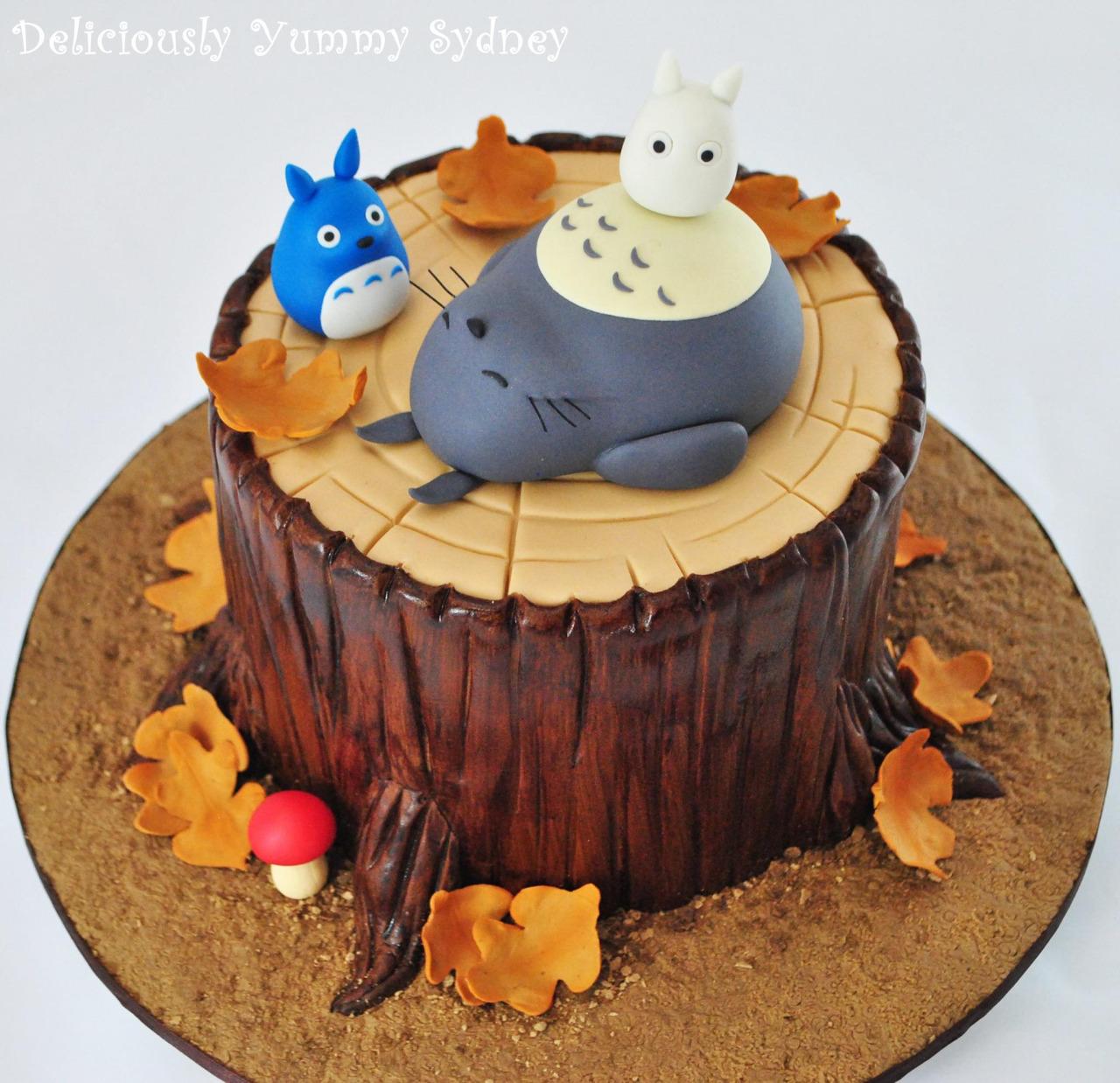 my neighbour totoro cake