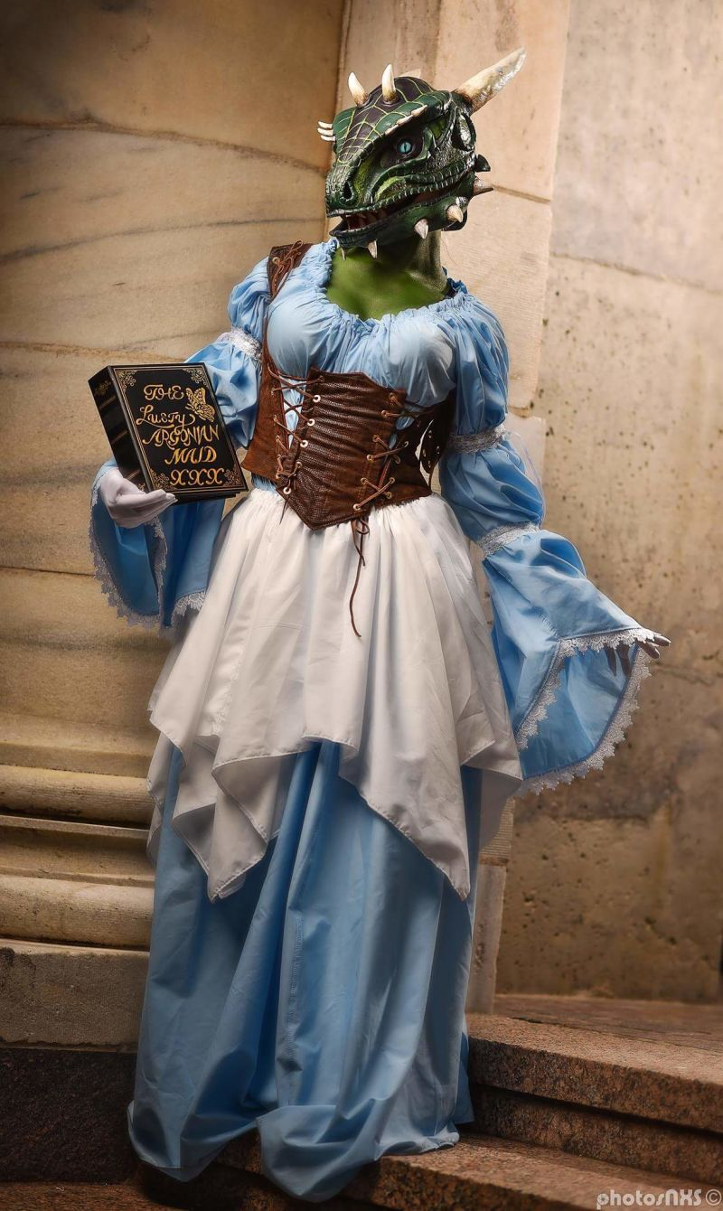 The lusty argonian maid cosplay