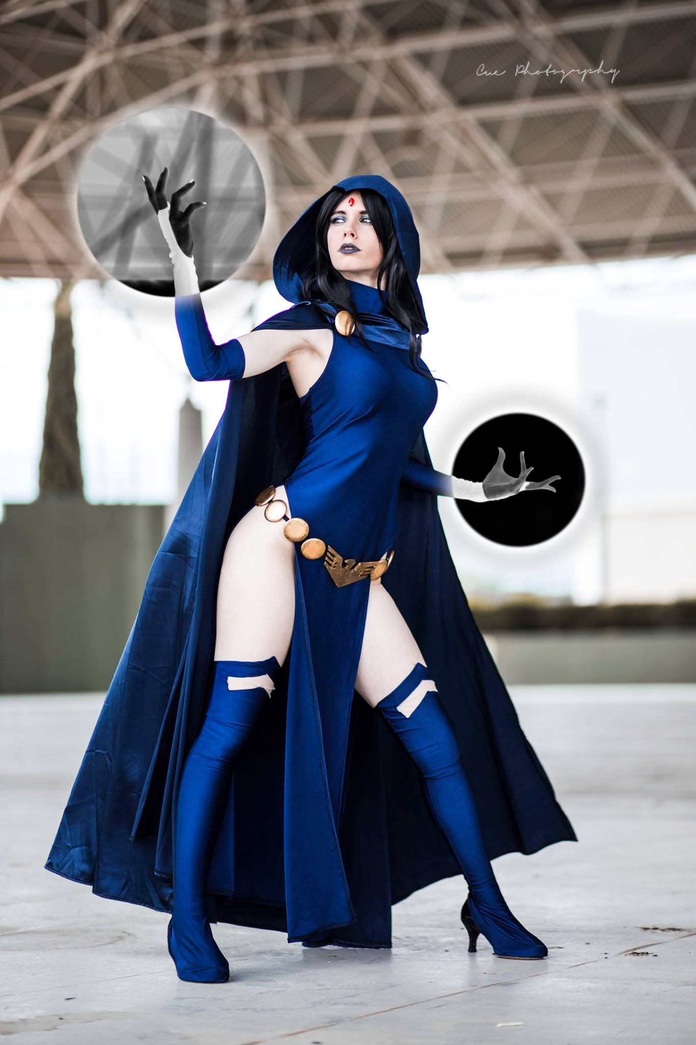 Stunning Raven cosplay from Fiore Sofen