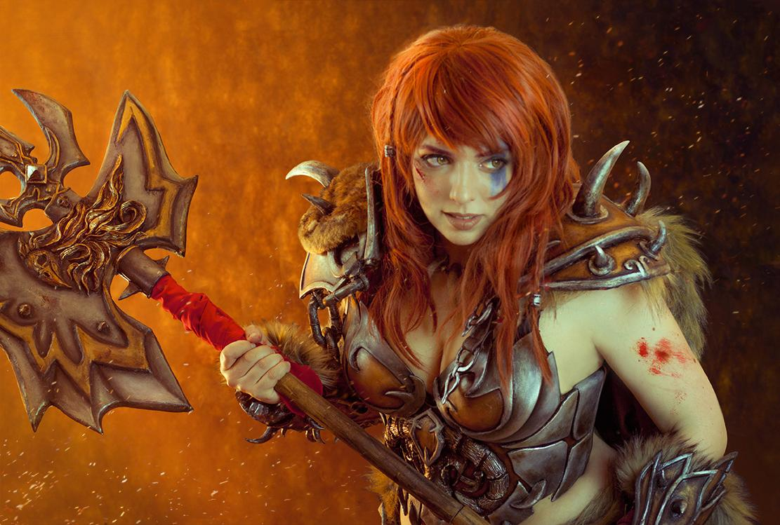 Alejandra Toba as a Diablo 3 barbarian