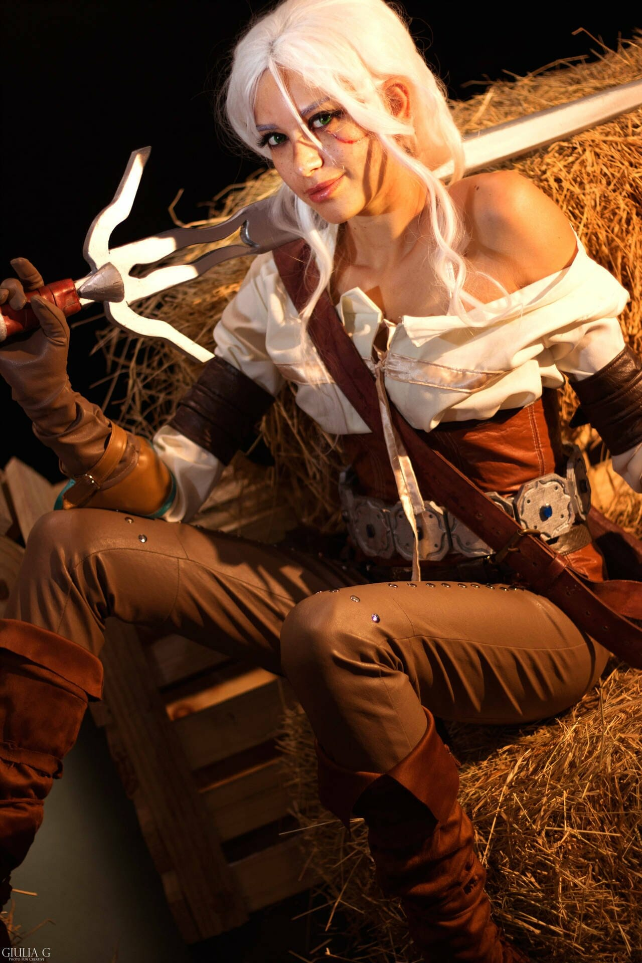 The Witcher cosplay: Ciri